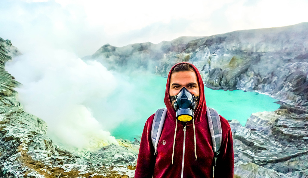 What should you prepare before taking blue fire tour in Ijen Crater