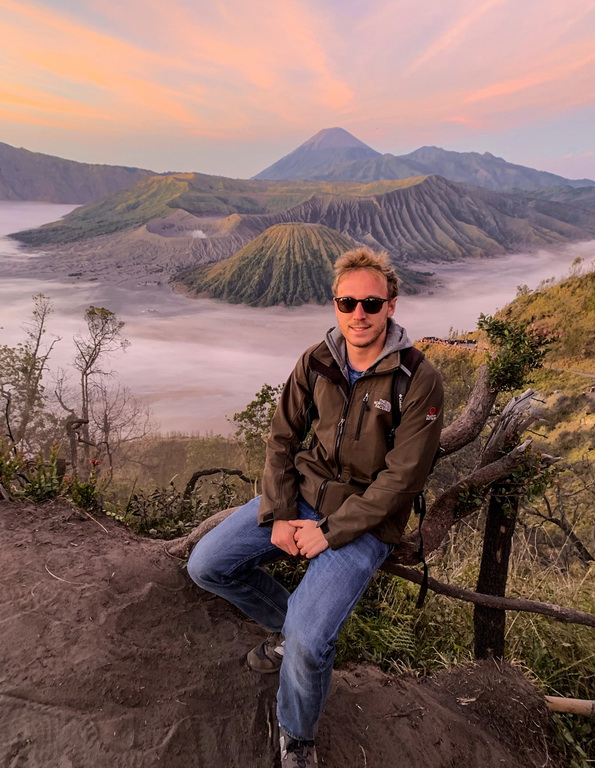 bromo sunrise tour, bromo mountain_resize